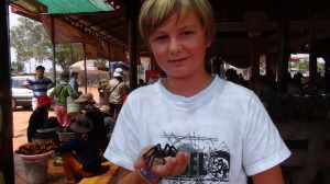 Cambodge 2 035