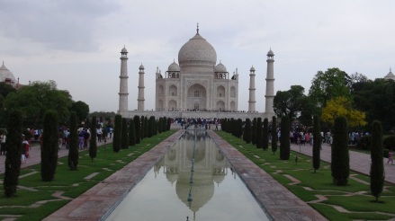Inde 7 060