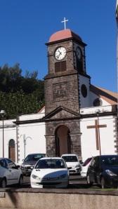 Réunion 4 030